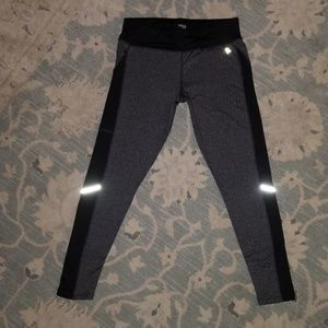 Women's Danskin Herringbone pattern Athletic pants